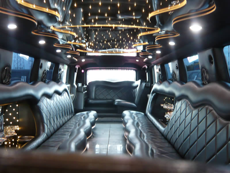Limo For Sale >> Hummer limo hire Manchester, Bury, Bolton, Blackpool and Liverpool. White 16 seater American SUV ...